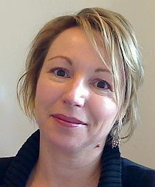 a portrait of Caroline Sanders